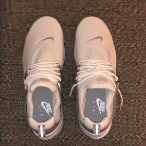 Nike Shoes - NEW MENS NIKE PRESTOS
